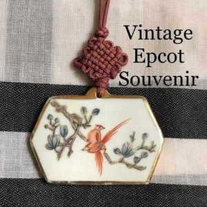 Jewelry - Vintage Porcelain China Bird Pendant